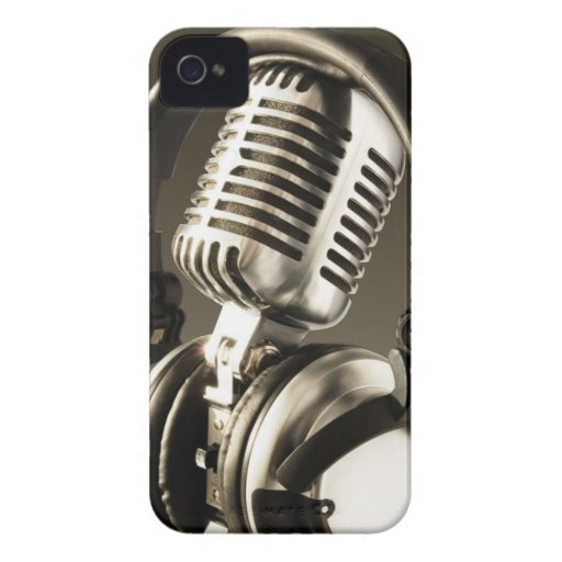 Microphone & Headphone BlackBerry Bold Case Cover