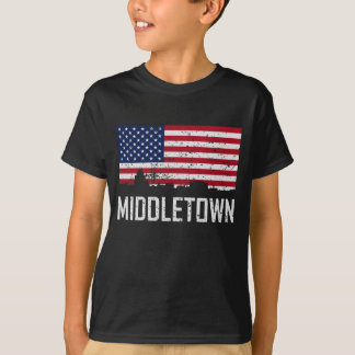 Middletown Connecticut Skyline American Flag Distr T-Shirt