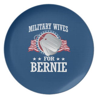 MILITARY WIVES FOR BERNIE SANDERS DINNER PLATE