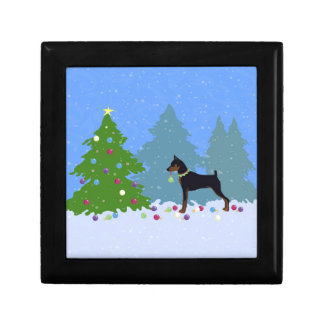 Min Pin in the Forest Decorating Christmas Tree Gift Box