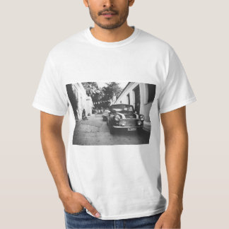 Mini Cooper car vintage - black & white t shirt