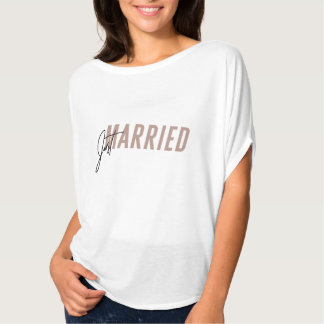 Minimal, pink, hand lettered 'Just Married' TShirt