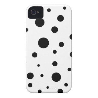 Minimalist dots iPhone 4 case
