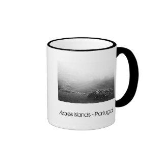 Minimalist landscape ringer mug
