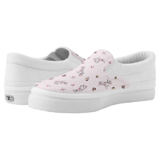 Minnie   Elegant Pose Watercolor Slip On Shoes