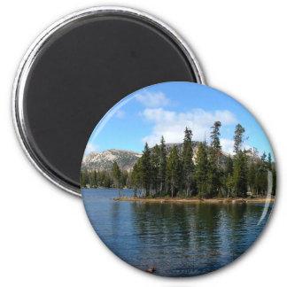 Mirror Lake 6 Cm Round Magnet