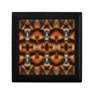 mirroruniverse canyon symmetry gift box