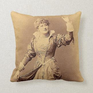 Miss Ellen Terry as Beatrice Cushion
