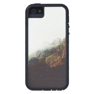 Misty Mountains, Relaxing Nature Landscape Scene Cover For iPhone 5