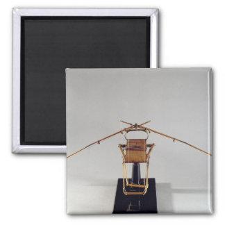 Model reconstruction of da Vinci's design Square Magnet