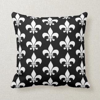 Modern Elegant Black & White Fleur de lis Pattern Cushion