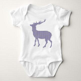 Modern patterned deer t-shirt