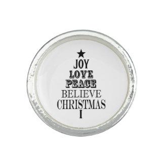 modern vintage christmas word tree ring