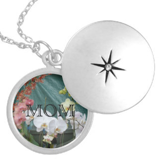 """""""MOM"""" On White Orchids Personalized Necklace"""