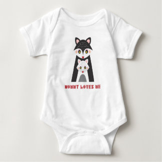 Mommy Loves Me Cute Mother Fox and Baby Baby Bodysuit