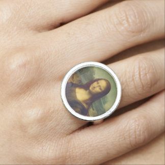 Mona Lisa Ring