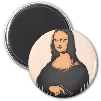 Mona Pistol 6 Cm Round Magnet