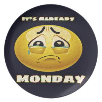 Monday Blues Plate
