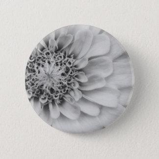 Monochromatic Zinnia 6 Cm Round Badge