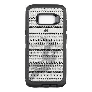 Monogram: Black/White Halloween Fun Font Art OtterBox Defender Samsung Galaxy S8+ Case