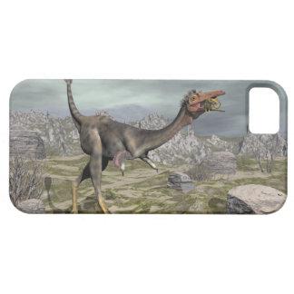 Mononykus dinosaur in the desert - 3D render iPhone 5 Covers