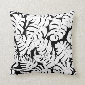 Monstera Black&White Cushion