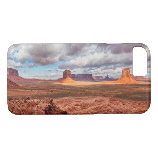 Monument valley landscape, AZ iPhone 8/7 Case