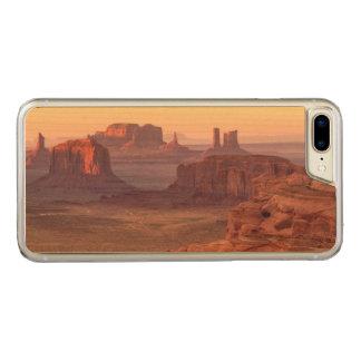 Monument valley scenic, Arizona Carved iPhone 8 Plus/7 Plus Case