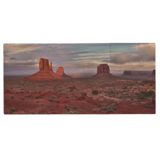 Monument Valley, Utah Wood USB Flash Drive