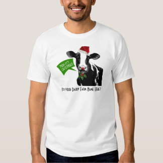 Moo rry Christmas! Funny Holiday Cow in Santa Hat Tee Shirt