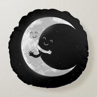 Moon Hug Round Cushion