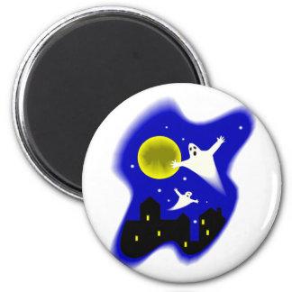Moonlight Ghosts 6 Cm Round Magnet