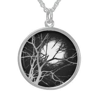 Moonlight Round Pendant Necklace
