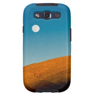 Moonrise over Mojave desert Galaxy SIII Case