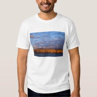 Morning light greets the Sierra de la Giganta Tshirt