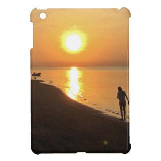 Morning walk on the beach iPad mini case