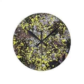 moss #5 round clock