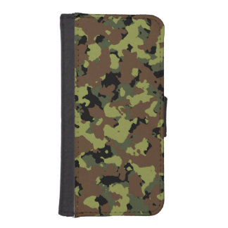 Moss Green Military Camo iPhone SE/5/5s Wallet Case