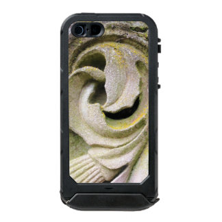 Mossy Stone Leaves Incipio ATLAS ID™ iPhone 5 Case