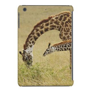 Mother and baby Masai Giraffe, Giraffa iPad Mini Retina Cover