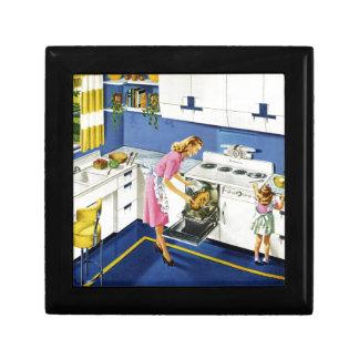 Mother/Daughter Retro Kitchen #2 Small Square Gift Box