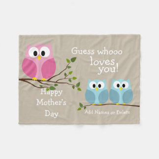 Mothers Day - Cute Owls - Whooo loves you Fleece Blanket
