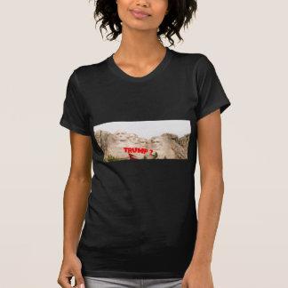 Mount Rushmore Trump ? T-Shirt