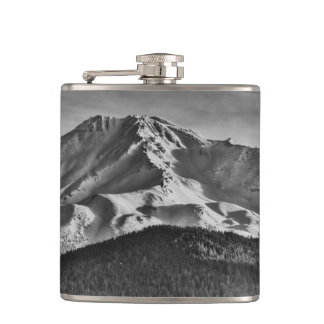 MOUNT SHASTA IN BLACK AND WHITE HIP FLASK