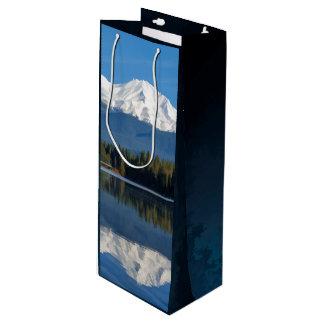 MOUNT SHASTA REFLECTED WINE GIFT BAG
