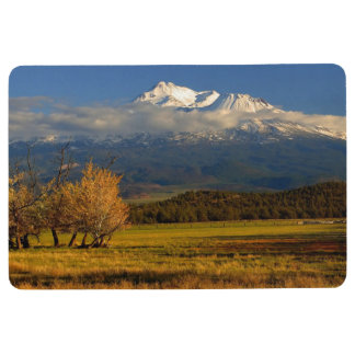 MOUNT SHASTA WITH FALL COLORS FLOOR MAT