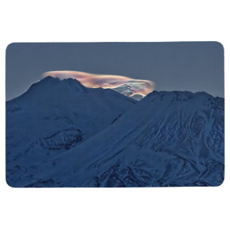 MOUNT SHASTA WITH GLOWING CLOUD FLOOR MAT