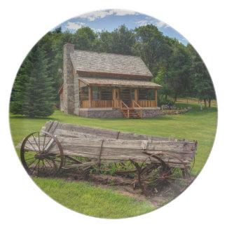 Mountain Cabin - Rural Idaho Party Plates