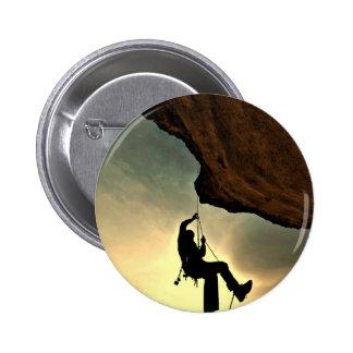 Mountain climber beautiful scenery 6 cm round badge
