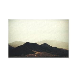 Mountain points canvas print